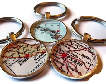 College graduation gift, CUSTOM Map Keychain gift, mom gift, Custom Keychain, Gifts for Best Friends, graduation keychain,