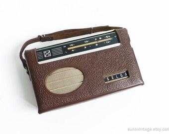 Vintage Portable Transistor Radio 60s Radio w Leather Case