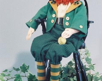 Robbie - Cloth Doll E-Pattern - 20in Leprechaun Doll pattern