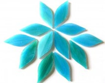 20pc. 38mm Caribbean Blue Green TIFFANY Iridescent Stained Glass Petal Shaped Mosaic Tiles//Mosaic Supplies//Mosaic Pieces//Crafts