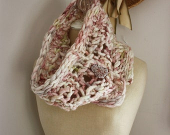 Knitting Pattern / Oversized Chunky Textured Super Bulky Cowl / Haunte / PDF DIGITAL DOWNLOAD
