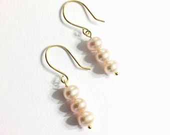 Pink Pearl Earrings, Pink Cultured Pearl Earrings, Vintage Cultured Pearl Earrings