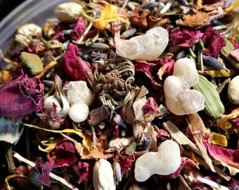 MOON CHARGED Eclectic Witch's Herbal Spell Blend ~ Botanical Herbs and Resins ~ Floor Sweep, Ritual Herbs
