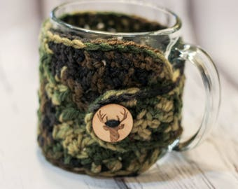 Crochet cup cozy mug cozy camouflage yarn with deer button