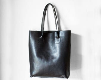 The Essential Tote in Black/ Black Leather Tote Bag / Black Leather Bag / Black Tote Bag /Tote Bag /Black Leather Tote /Leather Handbag