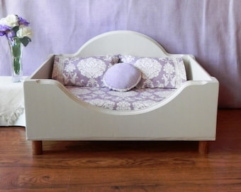 Elevated Pet Bed, Pet Bed for Small to Medium Dogs or Cats,  Wooden Pet Bed, Memory Foam Bed