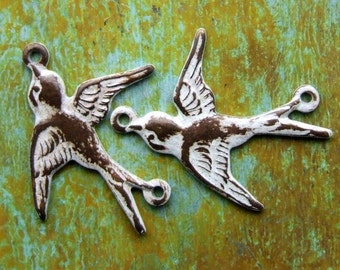 Connector Bird Charms - 2 pcs - Aged White Brass Patina Swallows - Patina Queen