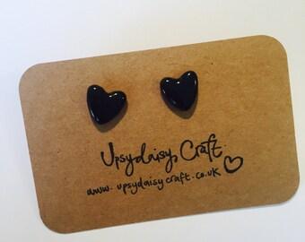 Ceramic heart stud earrings - Medium - Black
