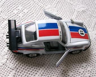 Vintage Burago 1/24 Scale Diecast Porsche 911 Italian Racing Car Metal Toy Collectible Porsche