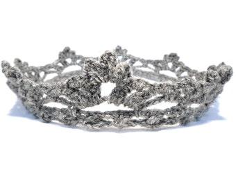 crochet baby crown, baby crown, crochet crown, newborn crown, crown, infant crown, baby accessories, crochet headband, newborn gift, baby