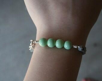 Minimalist Bracelet | Grey and Green Bracelet | Minimalist jewelry | Stacking bracelet | Layering Jewelry | Dainty Bracelet | Cord bracelet