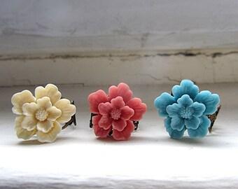 Cherry blossom antique adjustable ring choose cream, blue, cherry color