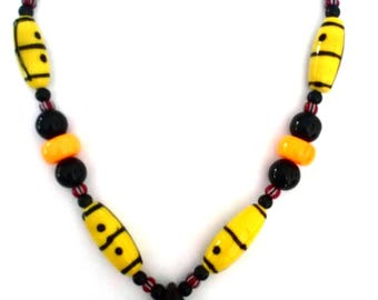 African Necklace with bead in wood