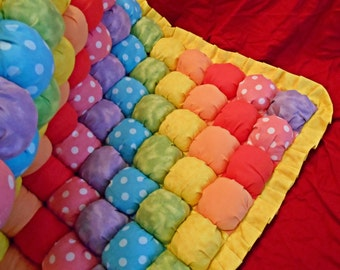 """Made to Order - 20"""" x 30"""" Baby or Playtime Biscuit/Bubble Quilt"""