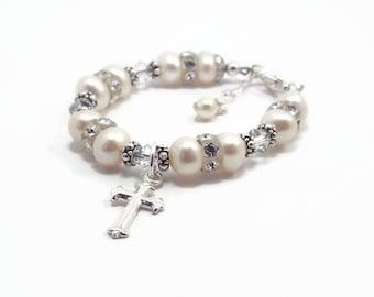 First Communion Bracelet, Baby Bracelet, Baptism ,Christening Bracelet, Baby Shower Gift, Pearl Bracelet, Flower Girl Bracelet B10588
