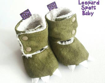 Wool Blend Dinosaurs baby booties - crib shoes - NB to 14cm foot - Made to order - with pads and claws