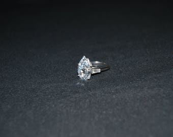 14K White Gold Band Vintage Glass Costume Ring