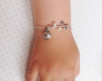 Ladybug Bracelet Silver Ladybug Jewelry. Ladybird Jewelry. Girls Ladybird Bracelet. Gift for Niece
