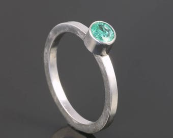 Emerald Stacking Ring. Sterling Silver. May Birthstone. Genuine Gemstone. Ready to Ship. Size 4. s17r015