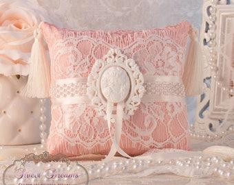 Vintage Ring Pillow, Wedding Ring Pillow, Ring Bearer Pillow, Lace Ring Pillow, Ring Cushion, Wedding Pillow, Ring Bearer, Ring Holder