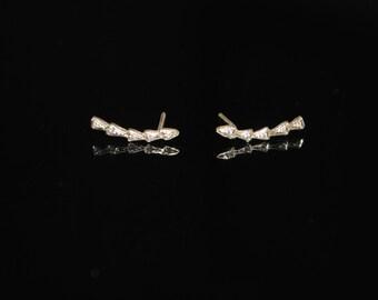 Tomahawk Ear Crawlers *Gold* with diamonds