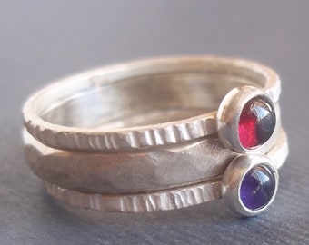 Hammered Band With 2 Tiny Stacking Rings - Birthstone Rings - Unique Wedding Band with your personalized birthstones