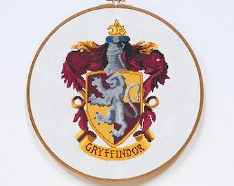 Gryffindor Cross Stitch Pattern, Harry Potter Cross Stitch Pattern, Modern Cross Stitch, Hogwarts, Pdf Format, Instant Download