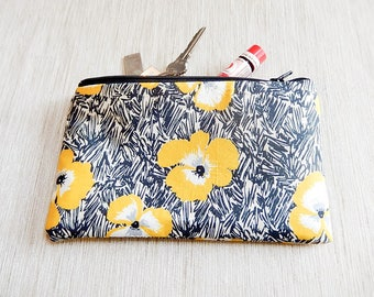 Make Up Bag/ Gift for Her/ Pencil Case/ Mothers Day Gift/ Teacher Gift/ Gift for Women/ Gift for Mom/ Sister Gift/ Best Friend Gift/ Pouch