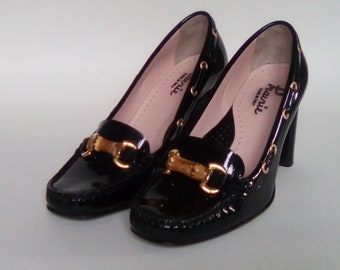 Gorgeous pumps from the Italian brand PRAERIE patent black leather size 38