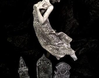 Victorian Ghost Statue, Glow in the Dark