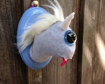 Magical Gray & Blue Cyclops Uniworm Head Mount