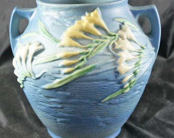 Roseville Blue Freesia Cookie Jar 4-8 Blue No Lid