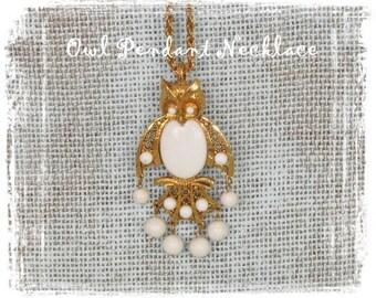 1960s Necklace, Owl Pendant Necklace, Gold Owl, Owl Jewelry, Retro Owl