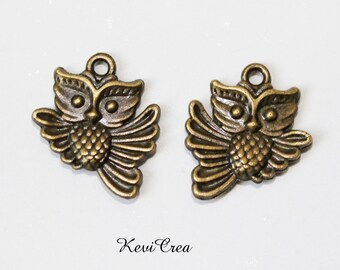12 x OWL metal charms bronze