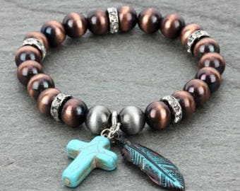Navajo Pearl with Cross/Feather Charms Stretch Bracelet