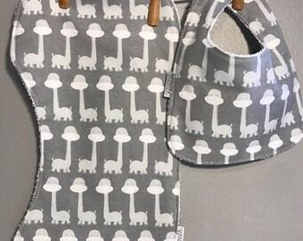 SALE Giraffe Baby Bib, Burp Cloth Set