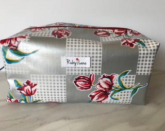 Beast Oilcloth pouch / Zipper pouch / Oilcloth bag / Makeup bag / Travel bag / Gift for her / Silver tulip