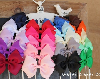 Girls hair bows - set of 10 toddler hair bows -  Birthday gift - 1.00 hair bows -little girls hair bows - You can choose colors