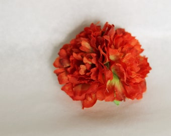 Silk double light red carnations on alligator clip // pin up // retro hair clip
