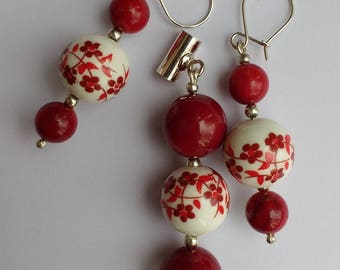 Viburnum Opulus - pendant and earrings made of coral, porcelain and silver
