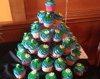 Fondant Frog and Lily Cupcake Toppers