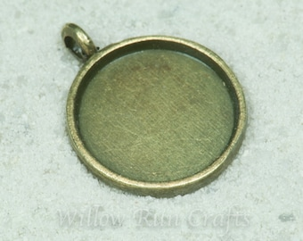 20 pcs 16mm Circle Pendant Trays 16mm Circle Bezel Pendant, Silver or Bronze, Blank Bezel Cabochon Setting