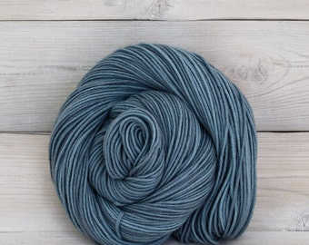 Aspen Sport - Hand Dyed Superwash Merino Wool Sport Yarn - Colorway: Tradewinds