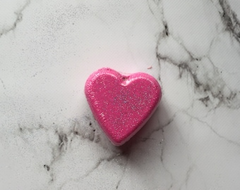 Hello Sweet Thang! heart shaped bath bombs - glitter pink heart bath bomb