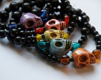 choose your color Skull stretch bracelet - day of the dead - halloween jewelry - skull jewelry - sugar skull bracelet
