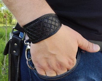 Black Mens leather cuff bracelet with stainless steel buckle, cuff bracelet, Mens leather bracelet, Mens gift idea, Handmade bracelet