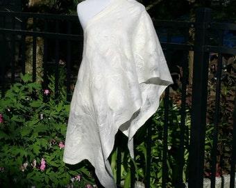 Cobweb Felted Alpaca, Silk and Merino Wool Bridal Shawl. Large Felted White Wrap. Luxurious Evening Shawl. Minimalist Wearable Art Scarf.
