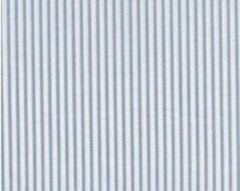 Fabric - Sevenberry pale blue stripe - shirt weight woven cotton