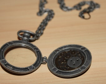 Magnetic Glass Locket with Exposed Gears - Steampunk Design - Clockwork Accessories for any Occasion