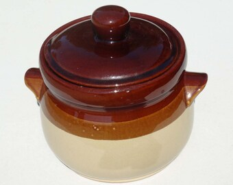 Unmarked Pottery Bean Pot Handles Lidded Chocolate Brown Tan Home and Garden Kitchen and Dining Cookware and Bake ware Casserole Dishes